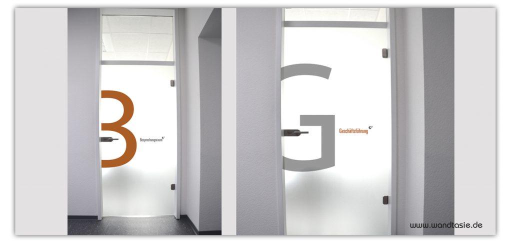 Individuelle Beschriftung und Design Gestaltung für Türen mit Folien von www.wandtasie.de