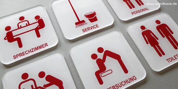 Moderne Praxisschilder innen von www.wandtasie.de